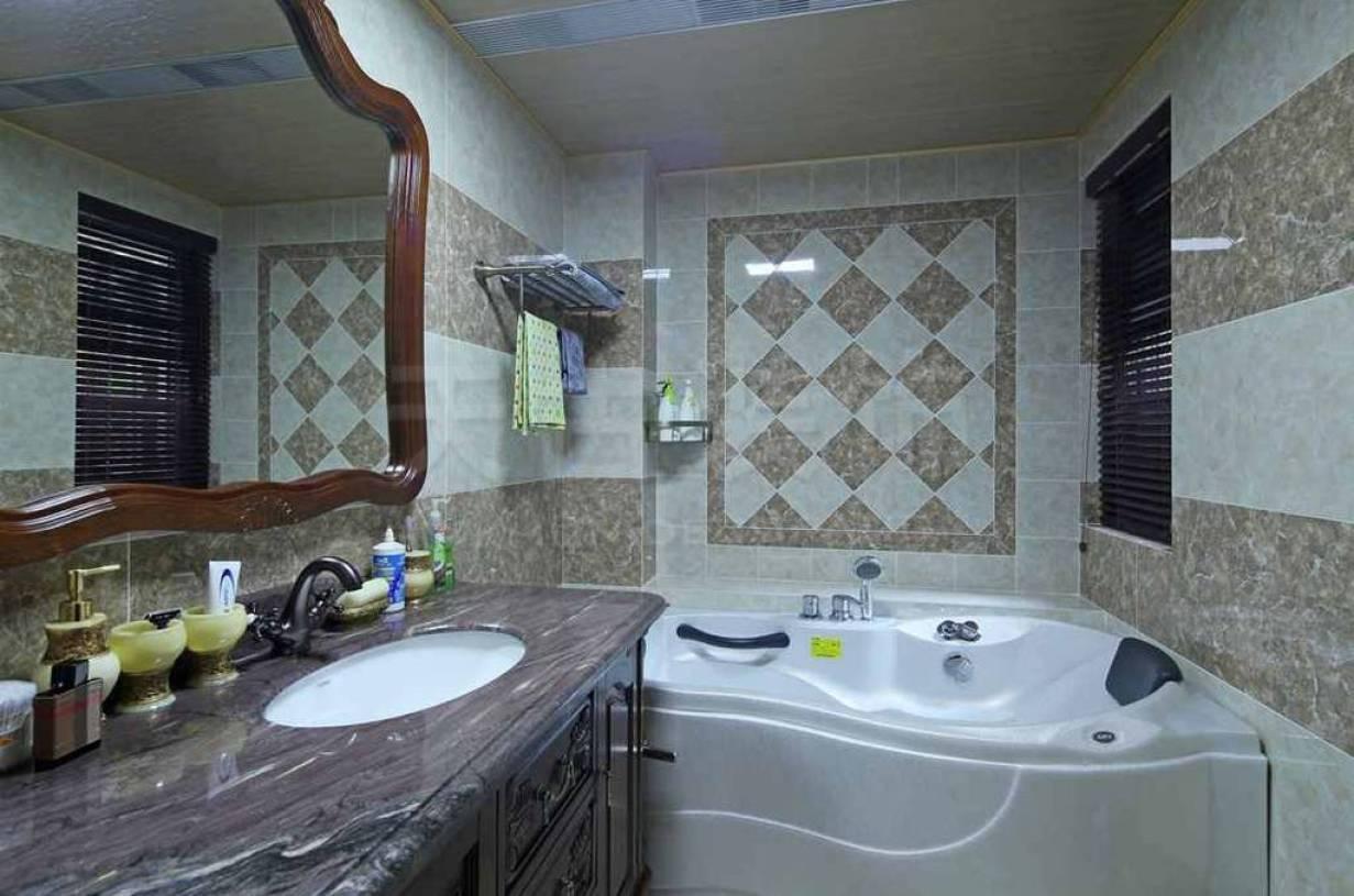 160㎡别墅美式风格浴室背景墙装修图片-美式风格浴缸图片