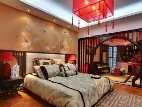70平小户型中式风格卧室背景墙装修图片,中式风格樟木床头柜图片