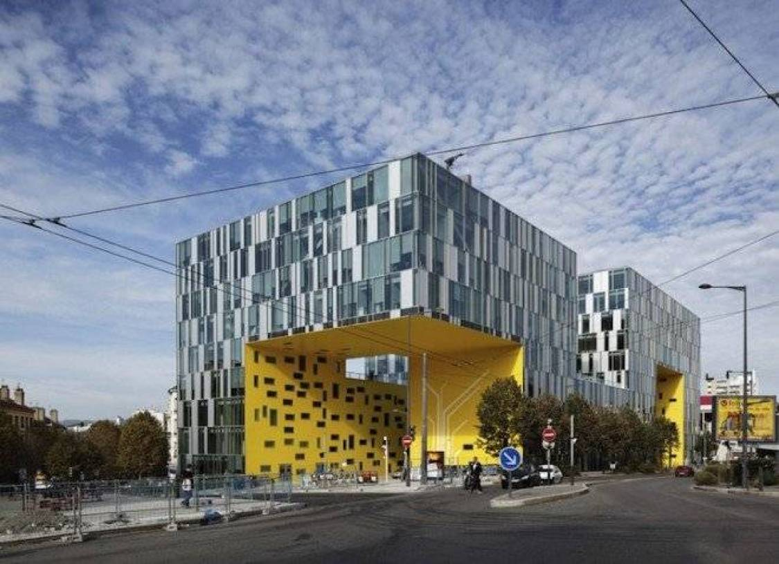 现代风格办公楼外观设计图片