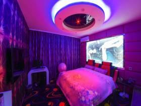 现代风格主题酒店豪华套房吊顶装修图片-现代风格床图片