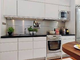 纯白自然的厨房装修图片
