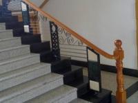 大门对楼梯有何不利影响 大门对楼梯风水面面观