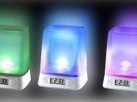 12款创意小台灯 实用照明营造气氛