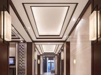 客厅走廊吊顶设计  抬头就能看到美景