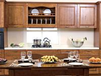 定制实木橱柜注重品质,高档橱柜木材都有哪些?