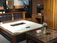 板材家具和松木家具的特点和区别介绍