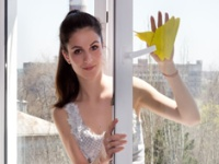 你擦对窗户了吗? 擦玻璃窗户技巧大揭秘