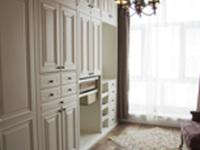 简洁又大气 美式风格壁柜的搭配技巧