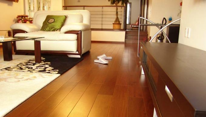 《虎妈猫爸》给我的启发:怎么选择实木地板