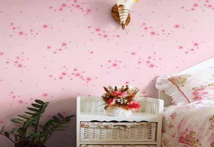 粉色壁纸和窗帘搭配攻略