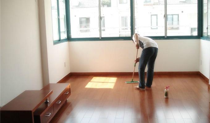 地板清洁保养必备攻略,别把家给浪费了