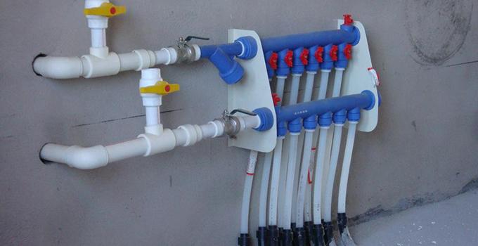 教你地暖分水器怎么放水
