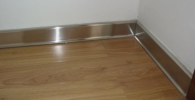 就这三步,不锈钢踢脚线安装步骤不用愁!
