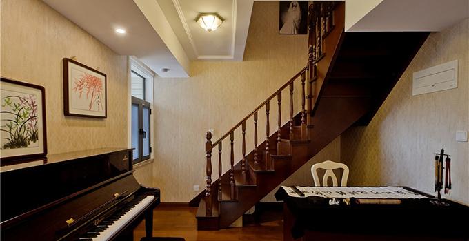 楼梯装修中楼梯尺寸是怎样的?有哪些安全注意事项吗?