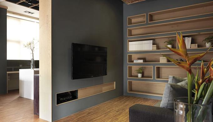 在楼房底层或平房铺设强化木地板时