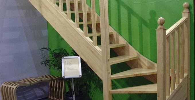 小编教你如何保养实木楼梯
