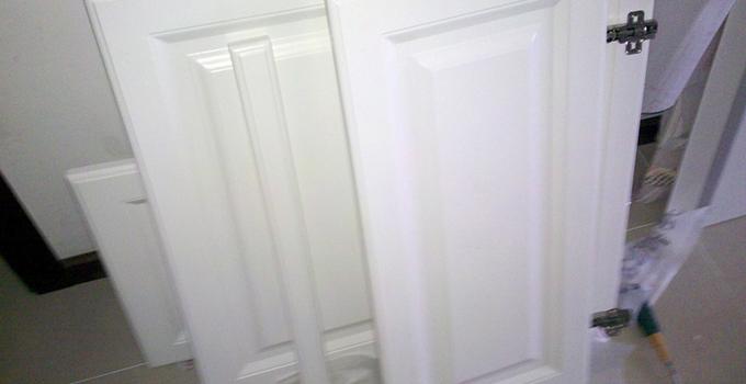 吸塑门板和模压门板分别是什么?有哪些区别?