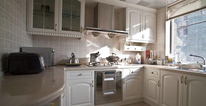 欧式厨房装修效果图,原来欧式厨房可以这么温馨