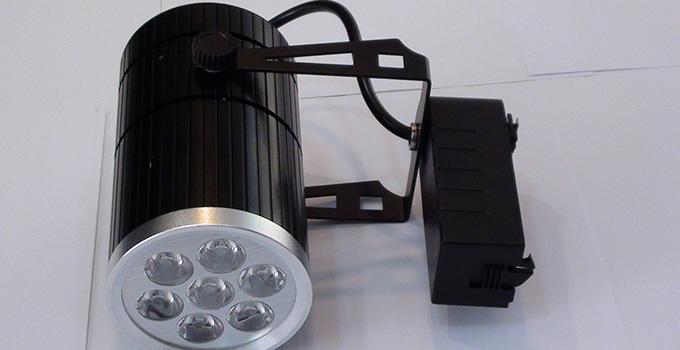 LED轨道灯优点以及LED轨道灯缺点