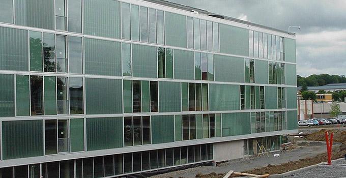 新型玻璃幕墙要如何施工?