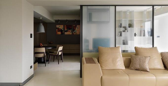 铝合金玻璃隔断墙装饰有哪些好处?