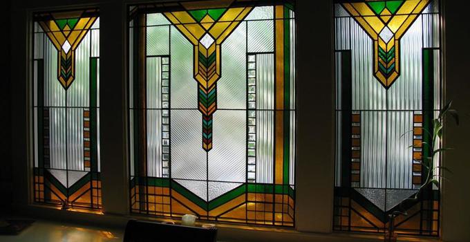 彩绘玻璃只用在彩绘玻璃门窗上?  你OUT啦