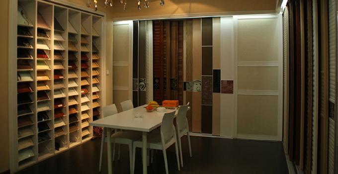 定制壁柜、成品衣柜和木工壁柜优缺点介绍