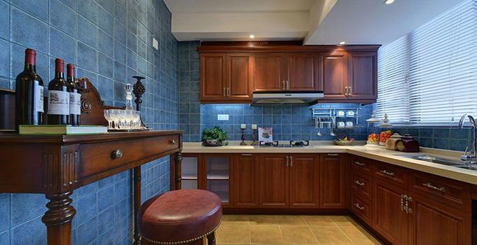 娱乐实用一体化 别墅厨房高档设计介绍