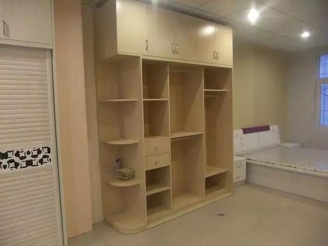 木工做的衣柜和购买的整体衣柜差别有多大?
