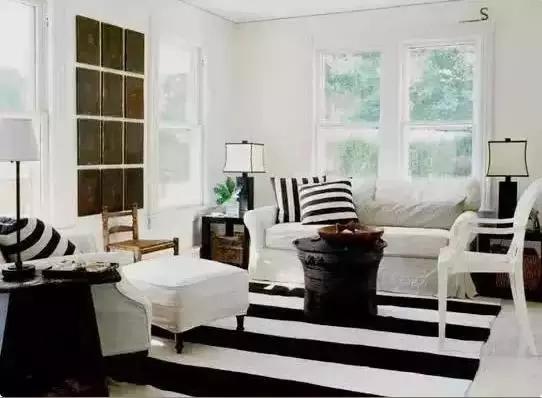 家里的客厅不够耀眼?送你客厅吸睛装修秘籍!