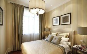 米色简欧卧室窗帘设计