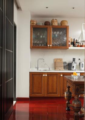 原木色中式厨房橱柜案例