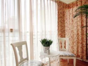 温馨卧室阳台设计
