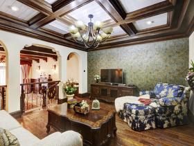 原木色美式简约别墅客厅吊顶设计效果图