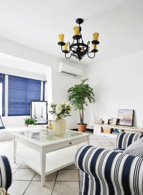 白色地中海客厅飘窗效果图片