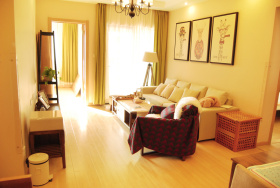 温馨日式客厅简约设计