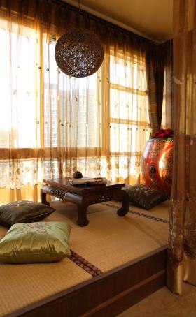 新古典阳台飘窗榻榻米设计