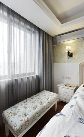 装修欧式卧室窗帘