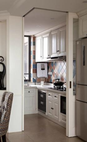 实用彩色厨房案例