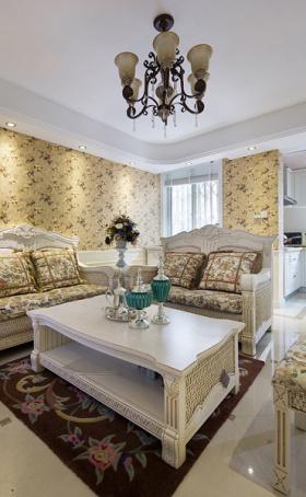 白色田园客厅装修