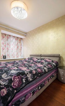 紫色欧式卧室装修图