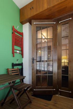 原木色新古典客厅装修图片