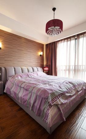 浪漫宜家卧室装修图