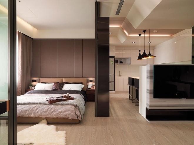 现代简约原木风卧室装饰布置