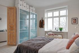 现代欧式奢华卧室装潢装饰