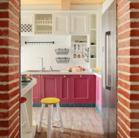 粉色浪漫柔和厨房设计