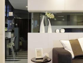 简约奢华的纽约复式客厅设计图
