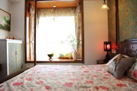 中式装修卧室飘窗图