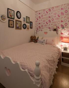 粉嫩地中海卧室装潢设计图
