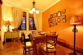 精装地中海餐厅照片墙装潢